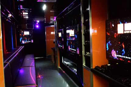 New-Age-Gaming-Game-Truck-Interior-4- (1)